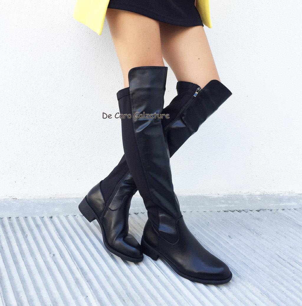 rivenditore di vendita d96f5 69ebf Stivali senza tacco overknee alti al ginocchio elasticizzati D90