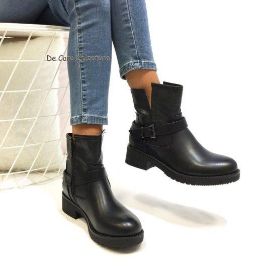 prezzi economici di alta qualità scarpe originali outfit